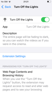The switch becomes green and the Turn Off the Lights Safari extension is enabled